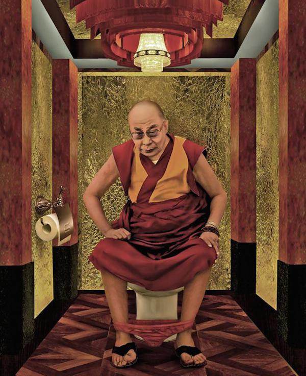 Далай-Лама на унитазе