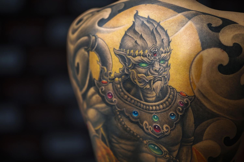 татуировка с пирсингом