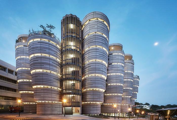 Здание без углов