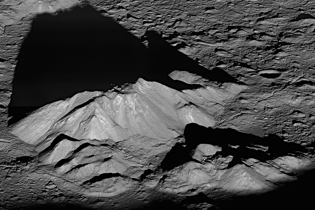 Жизнь на луне