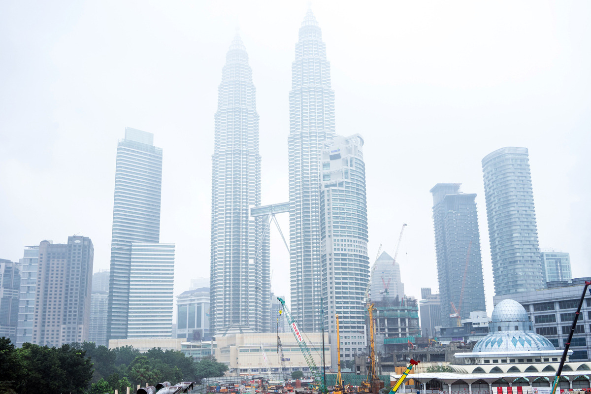 Malaysia Orders Schools Shut As Air Quality Worsens