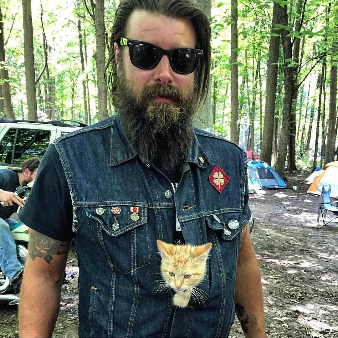 cat-biker-saves-kitten-pat-doody-15