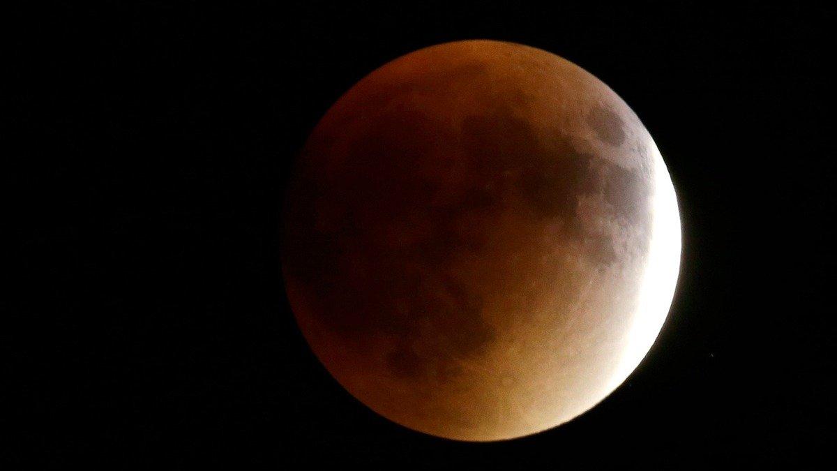 луна3