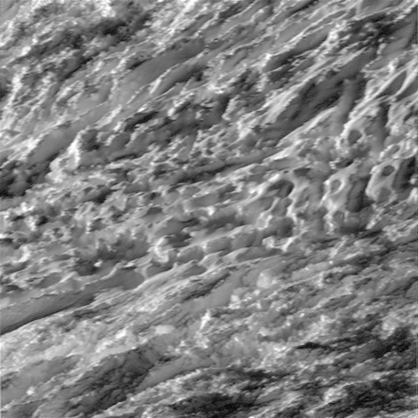 enceladuscloseup1