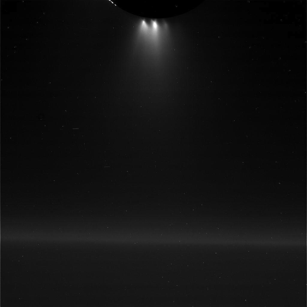 луна Сатурна