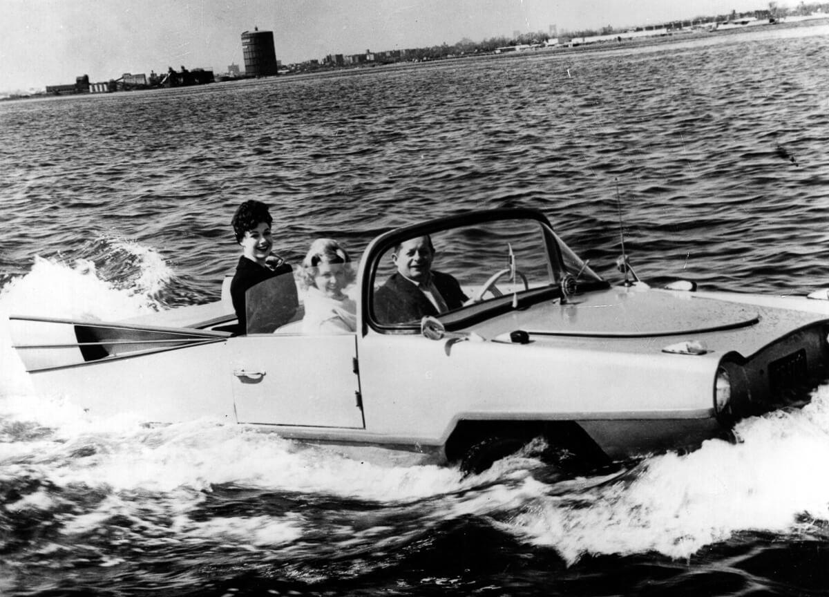 amphicar-1