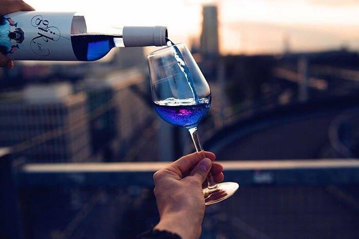 голубое-вино