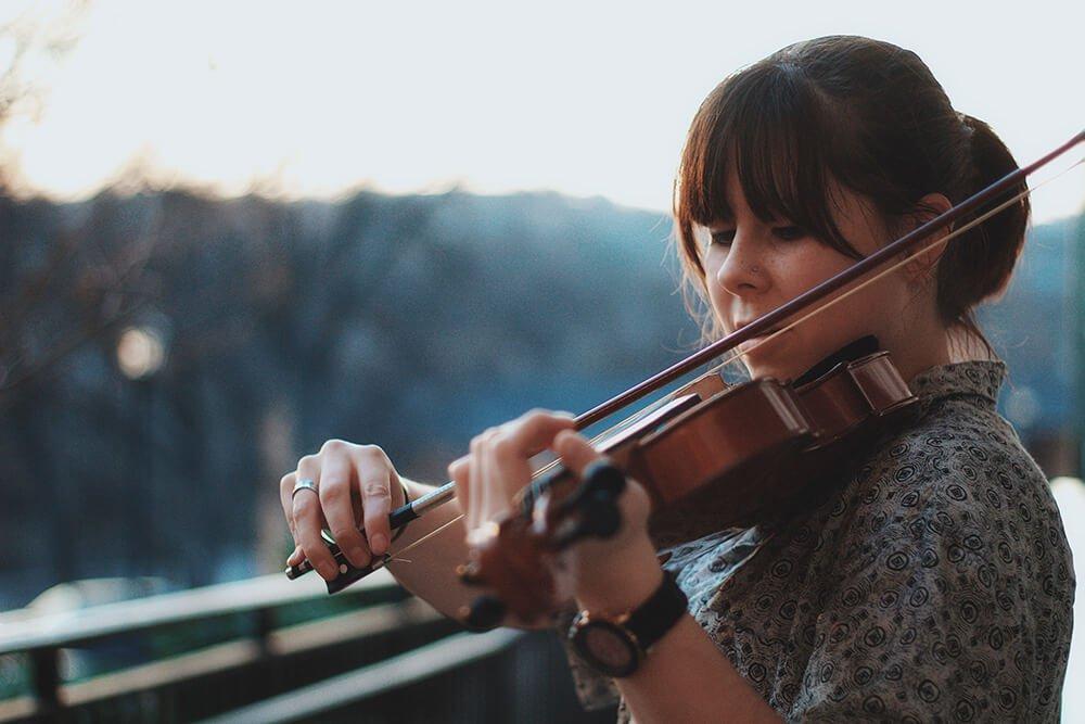 Польза игры на музыкальном инструменте