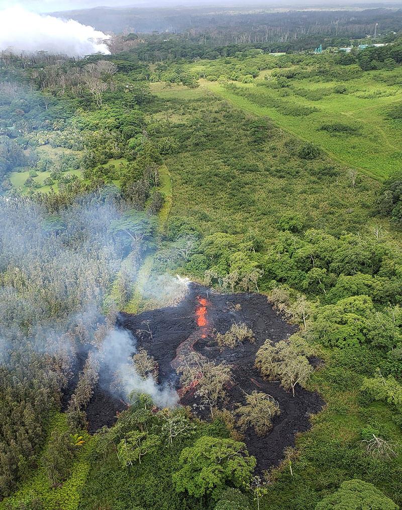 Аэрофотосъемка трещины на Большом острове Гавайи 12 мая 2018 года
