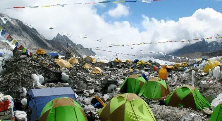 Мусор на Эвересте