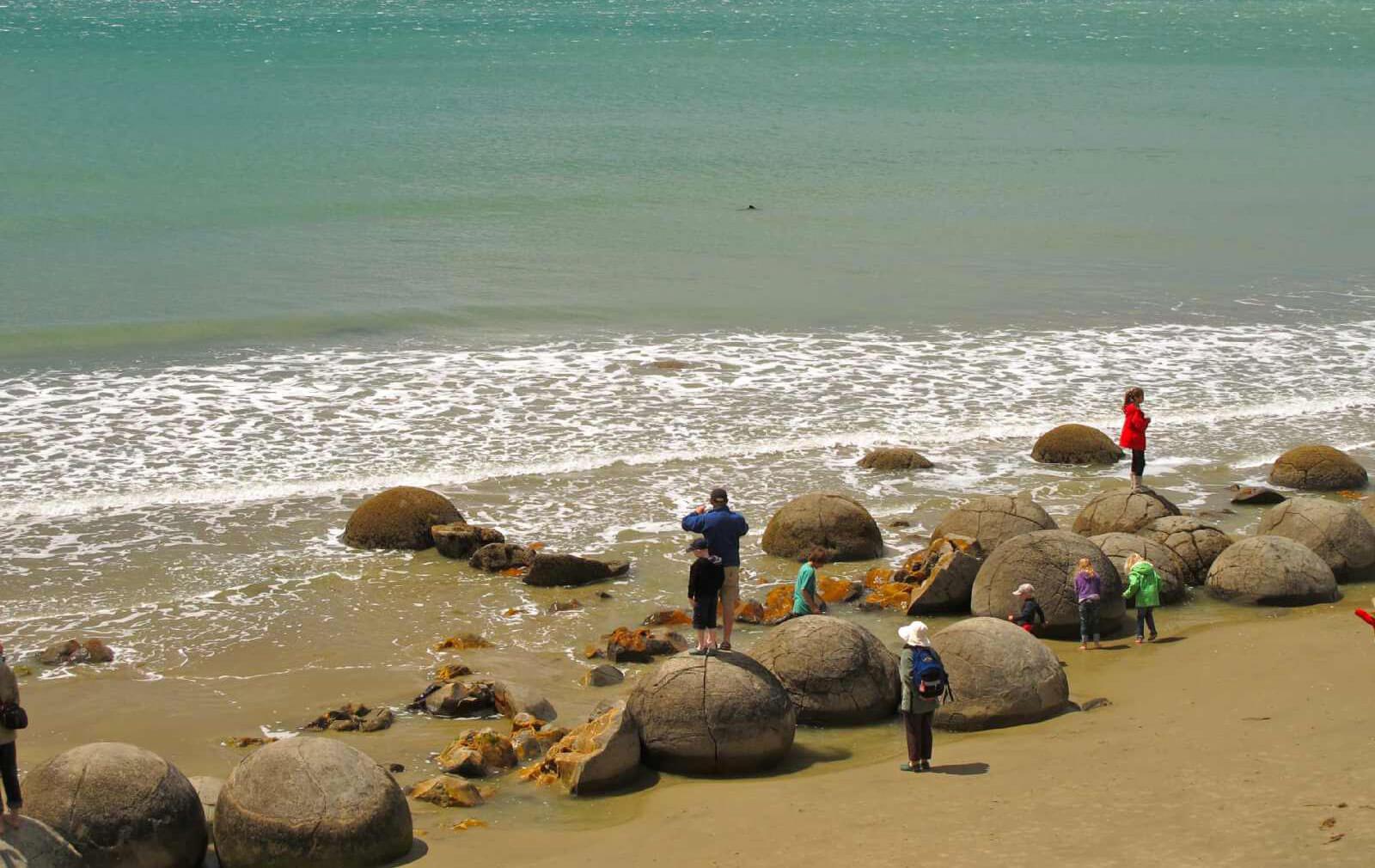 природные явления на Земле: волуны на пляже