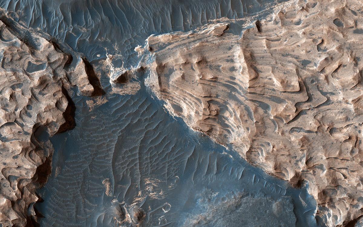 Ударный кратер Хаос Арам на Марсе