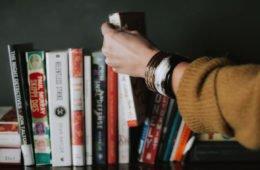 9 книг по философии, которые можно применить к жизни