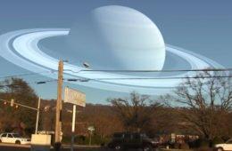 Видео сатурн рядом с землей
