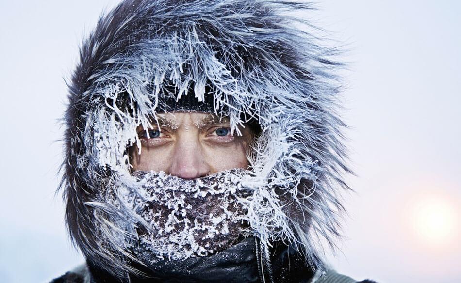 тепло одеваться в холодную погоду