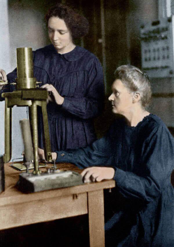 Мария и Ирен Кюри