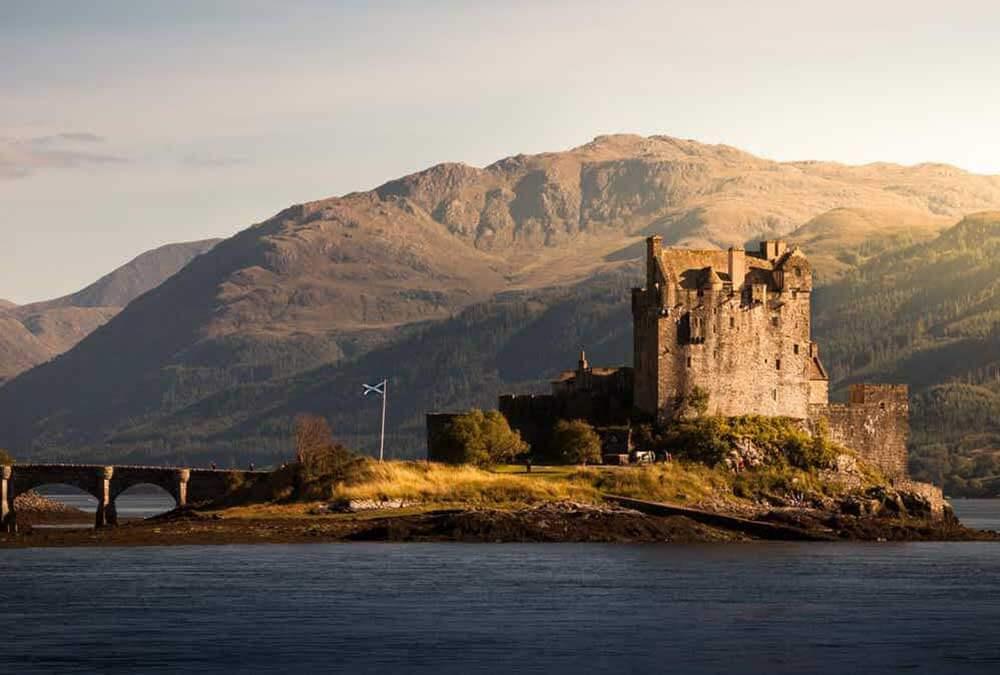 заброшенный замок в Шотландии