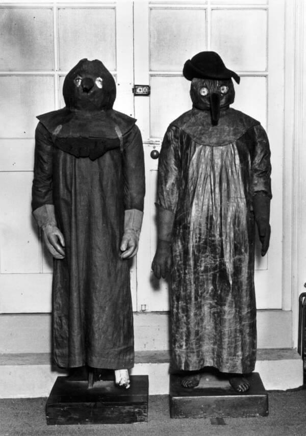 одежда от чумы